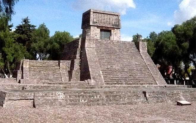 The Aztec Pyramid