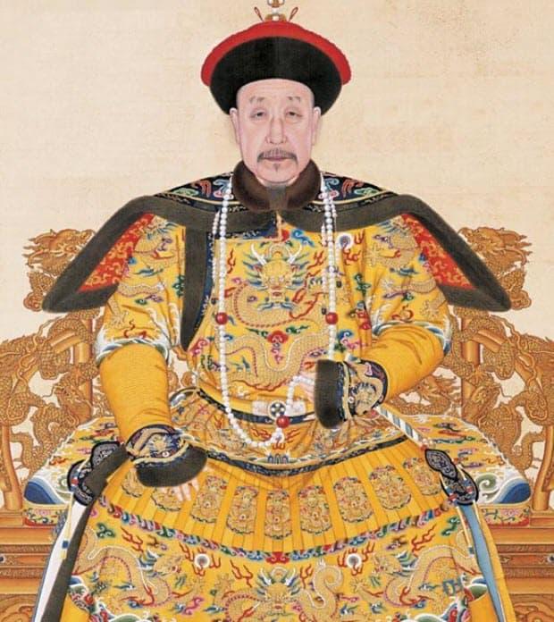 Dragon Robe royal Chinese dress