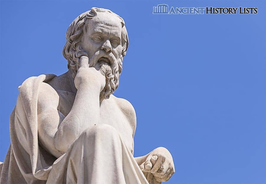 Socrates Statue Thinking