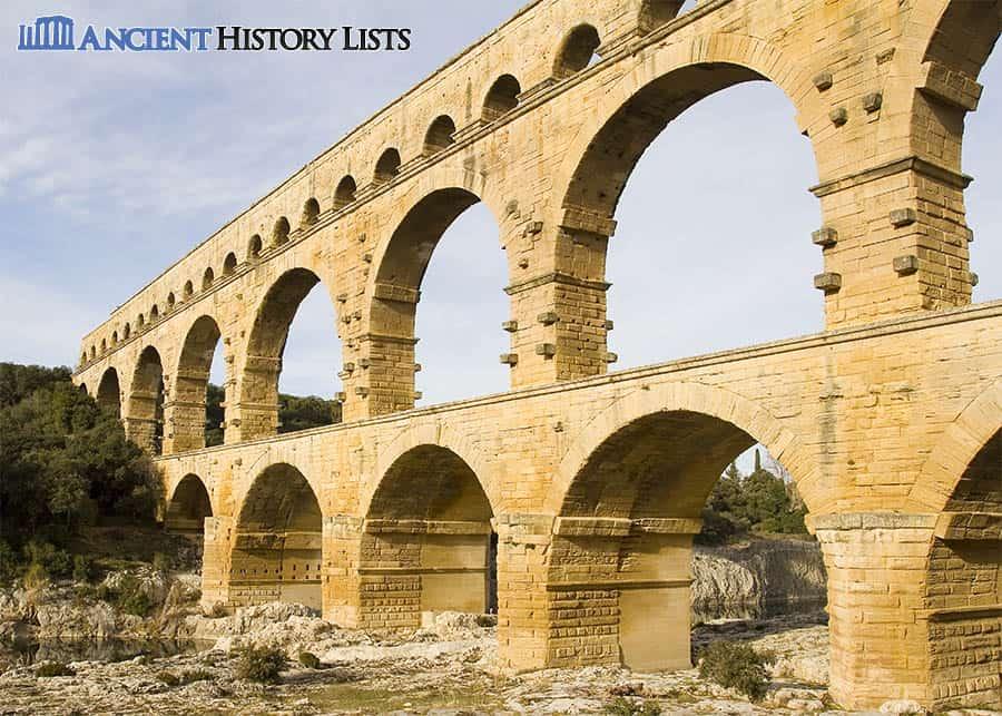 Roman Aqueduct in Pont Du Gard